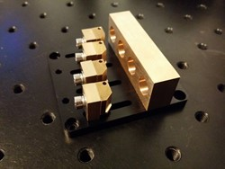 Picture of Micro Knife Edging / Beam Combiner Module